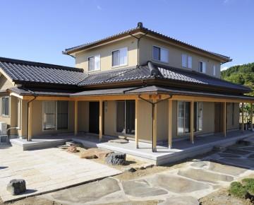 贅沢に設計された 純和風住宅。