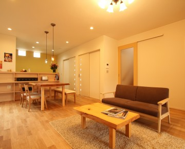 収納を重視した南欧風住宅