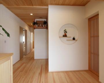 現代和風にこだわる 「桧&漆喰の家」
